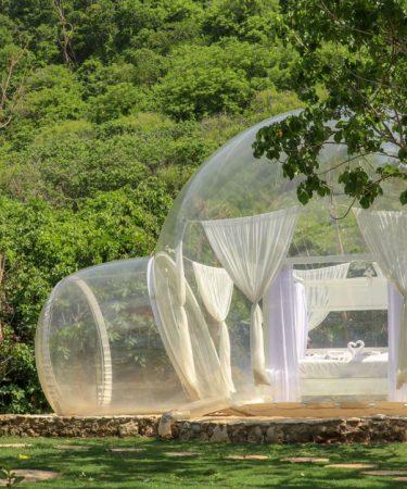 Nuit insolite dans un bulle transparente